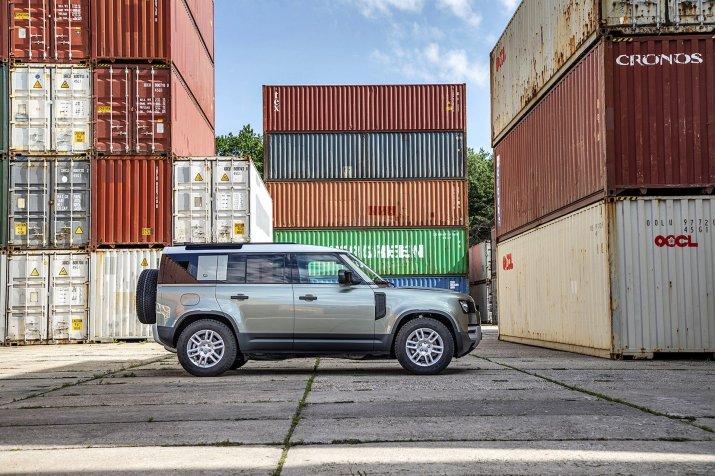 2020_Land Rover Defender_026