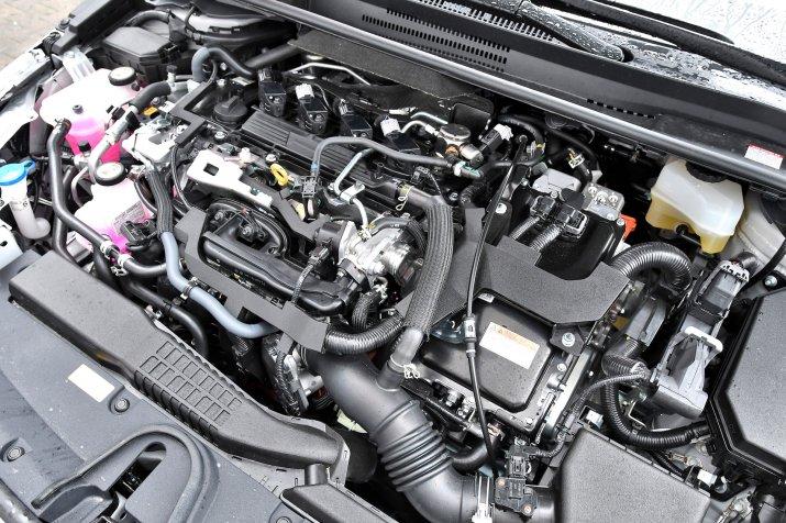 Toyota Corolla 2.0 Hybrid GR Sport_0