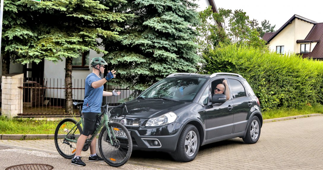 Rowerzyści nie zawsze znają i respektują przepisy ruchu drogowego.