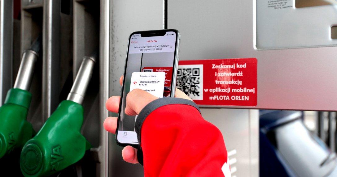 Smartfon pomoże mniej wydawać na usługi i produkty dla kierowcy.