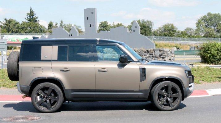 Land Rover Defender V8 8