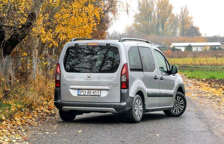 Peugeot_Partner_8