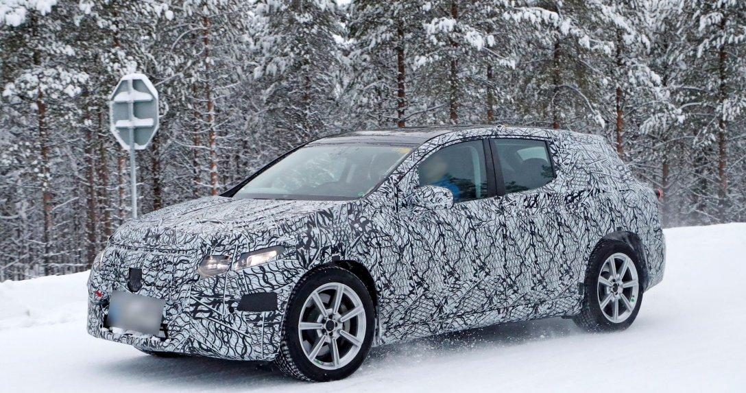 Pierwsze zdjęcia luksusowego SUV-a – oto co szykuje Mercedes na 2022 r.