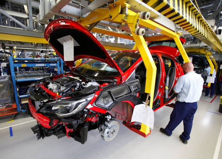 Opel-Astra-Production-297943