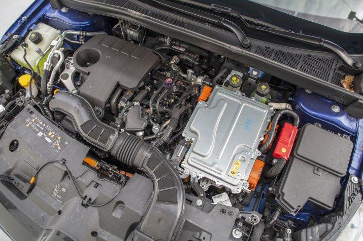2021_Renault Megane PHEV (3)