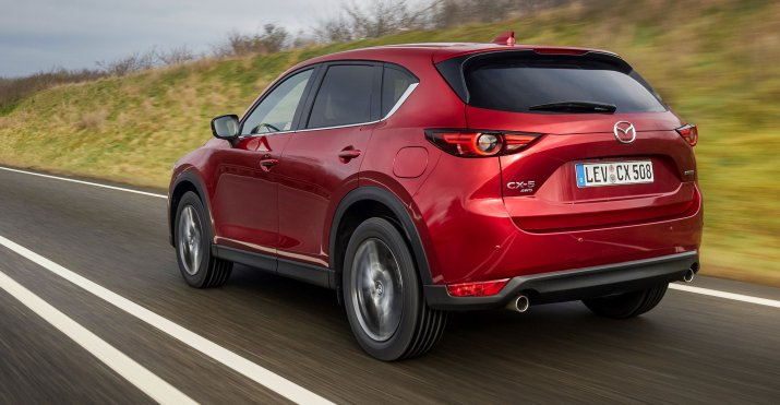 2021_Mazda CX-5_Soul-Red-Crystal_Action_10