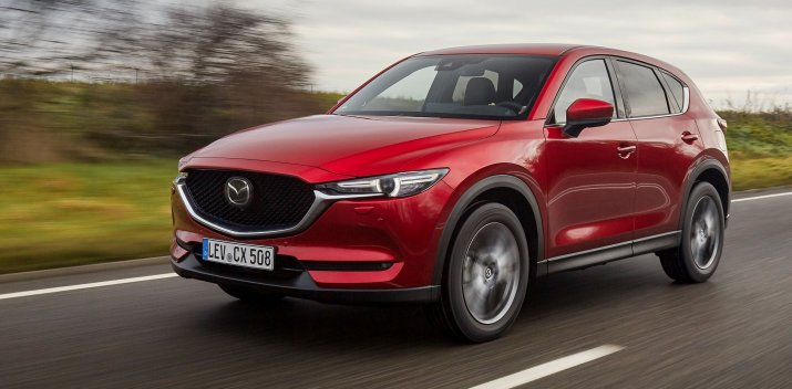 2021_Mazda CX-5_Soul-Red-Crystal_Action_8