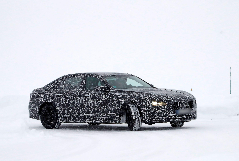 BMW7Jeden