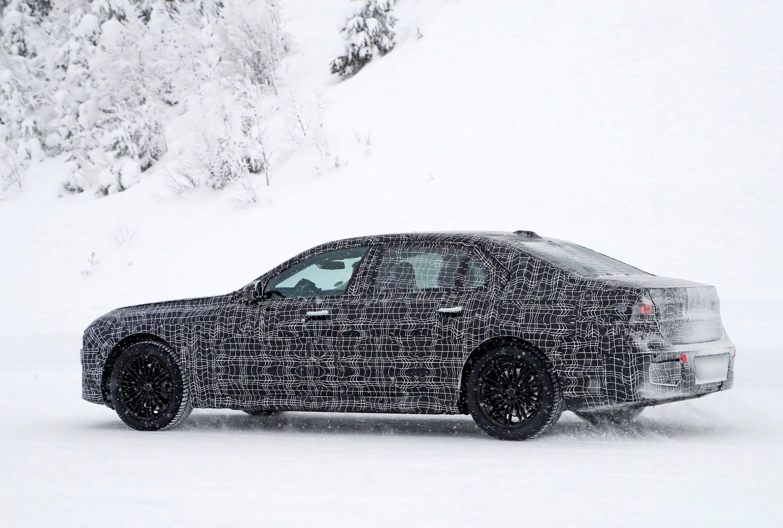BMW7tylobok