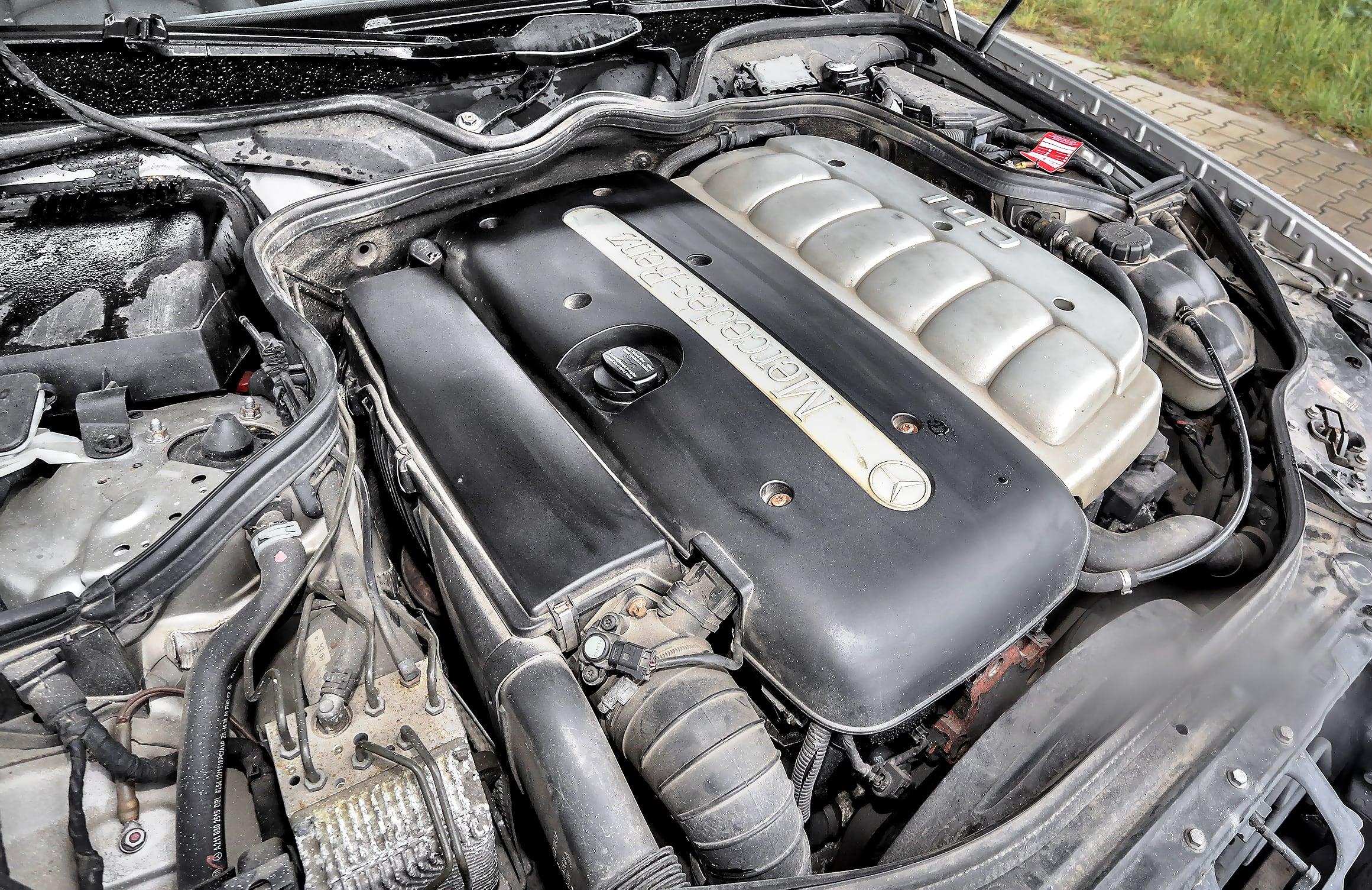 Mercedes_klasy_E_W211_15