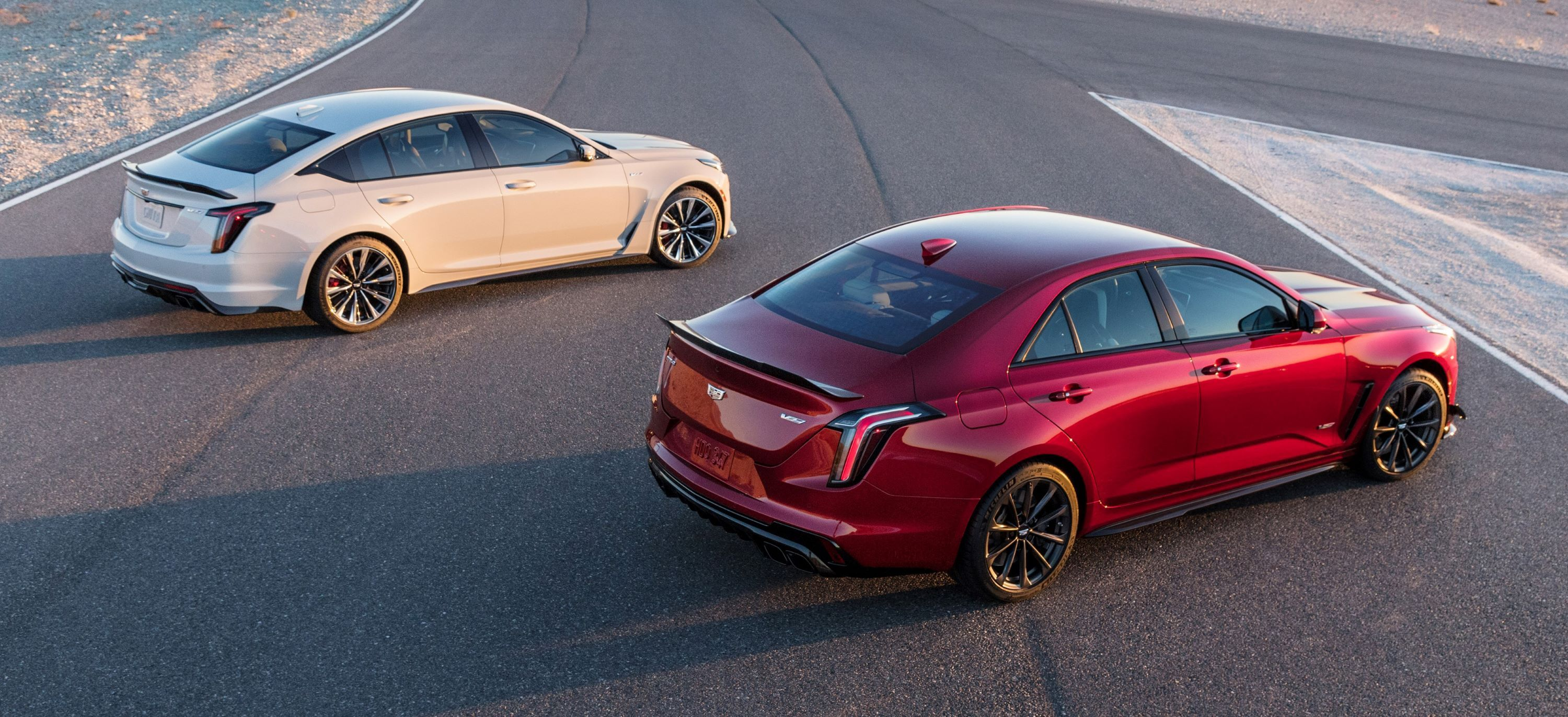 2022-Cadillac-CT5-V-and-CT4-V-Blackwing