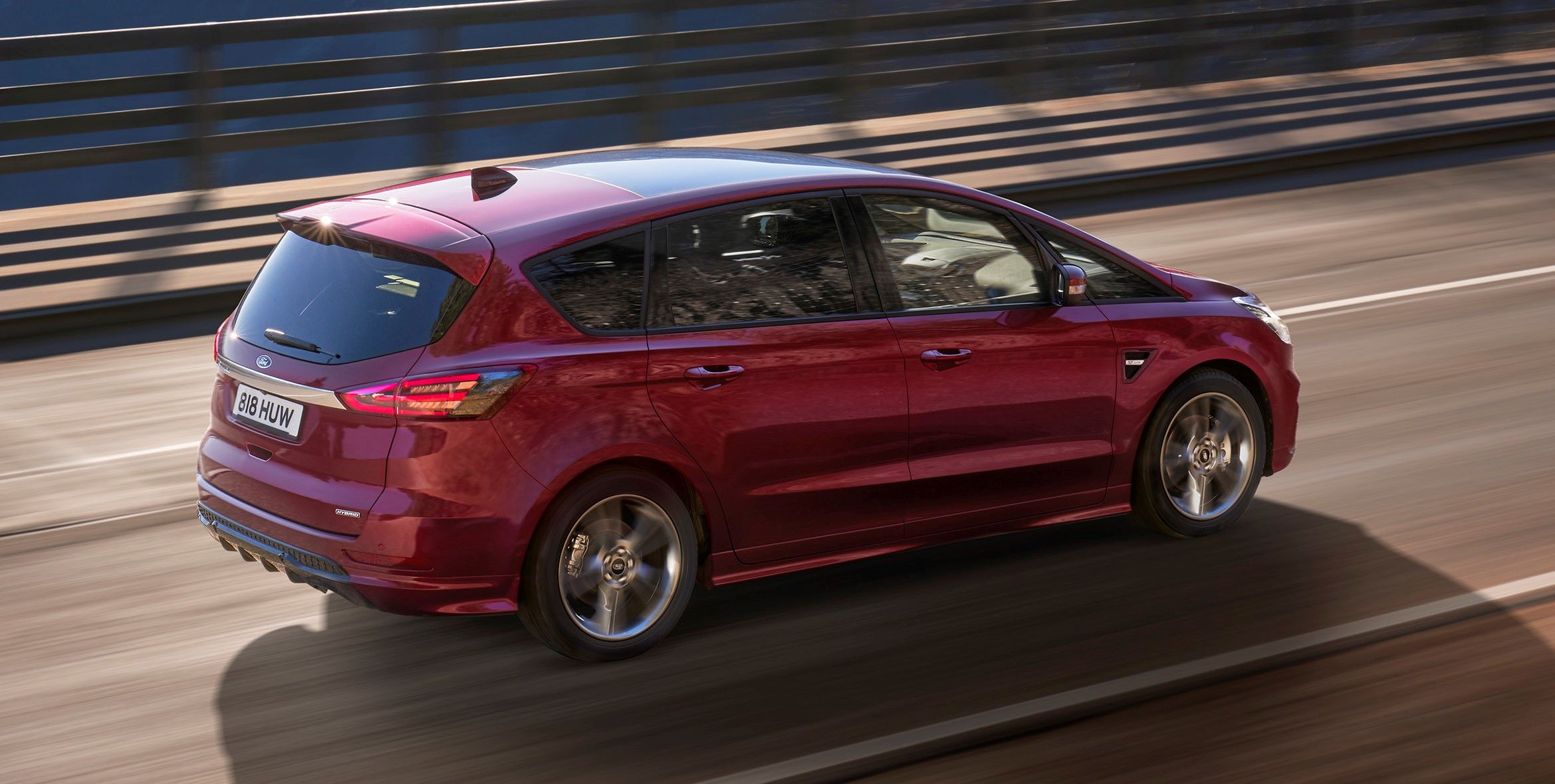 2021_FORD_S-MAX_04