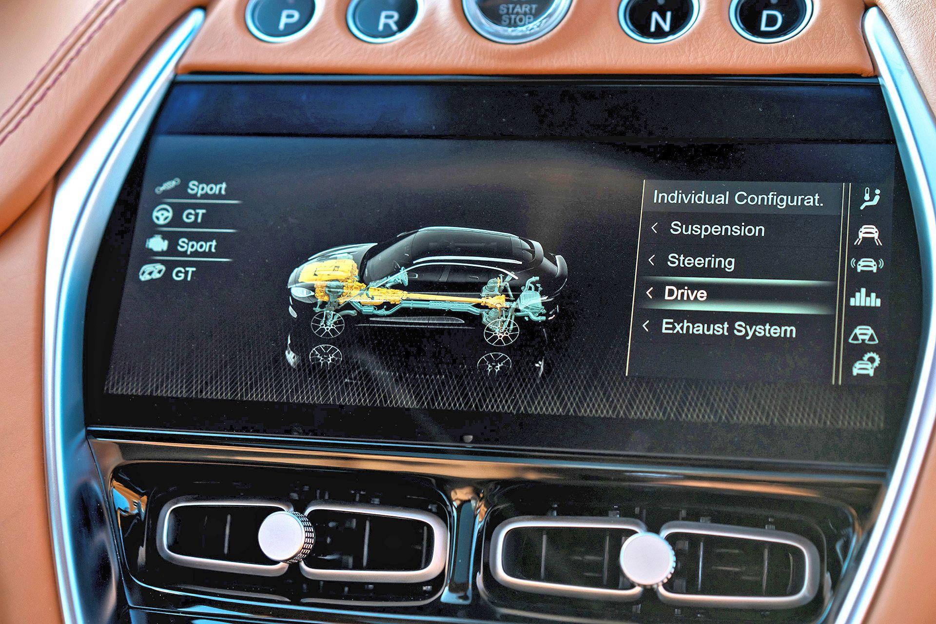 Aston Martin DBX (8)