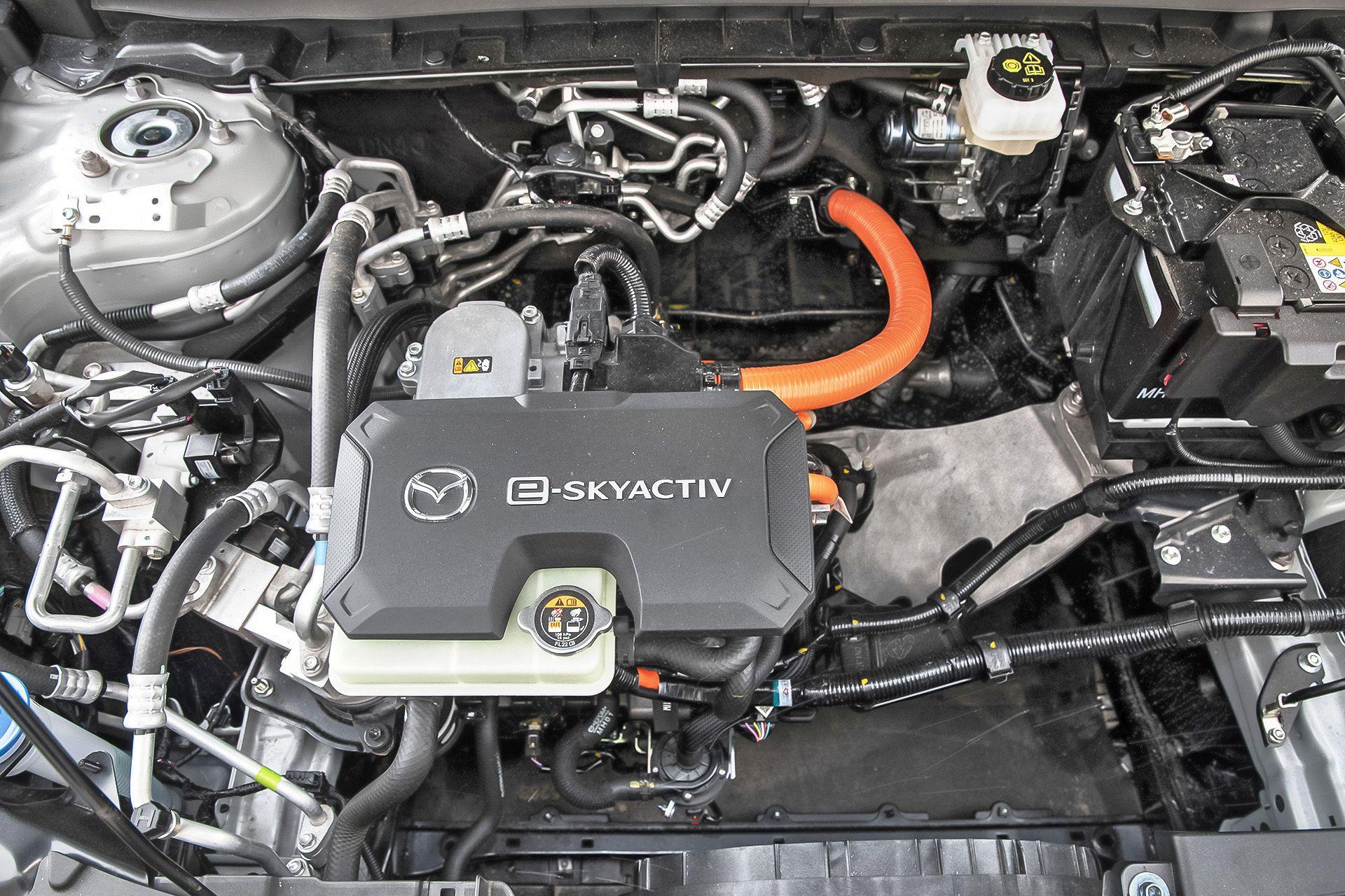 2021 Mazda MX-30 (4)