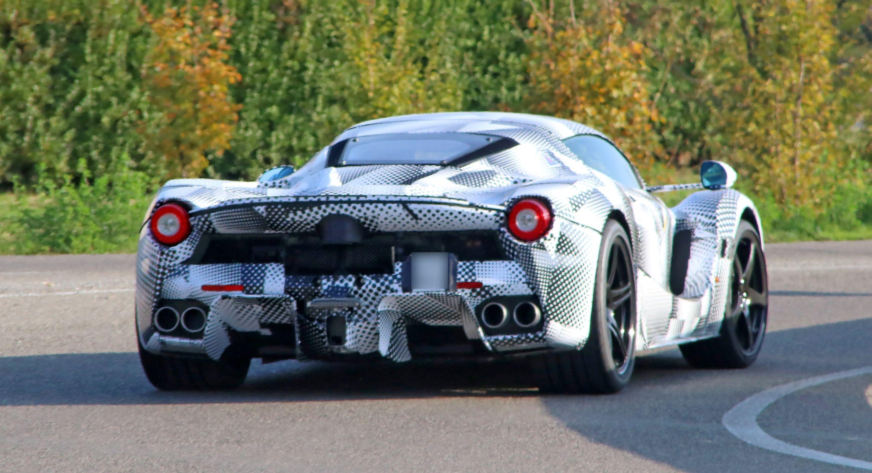 Ferrari_Supercar_mule_05