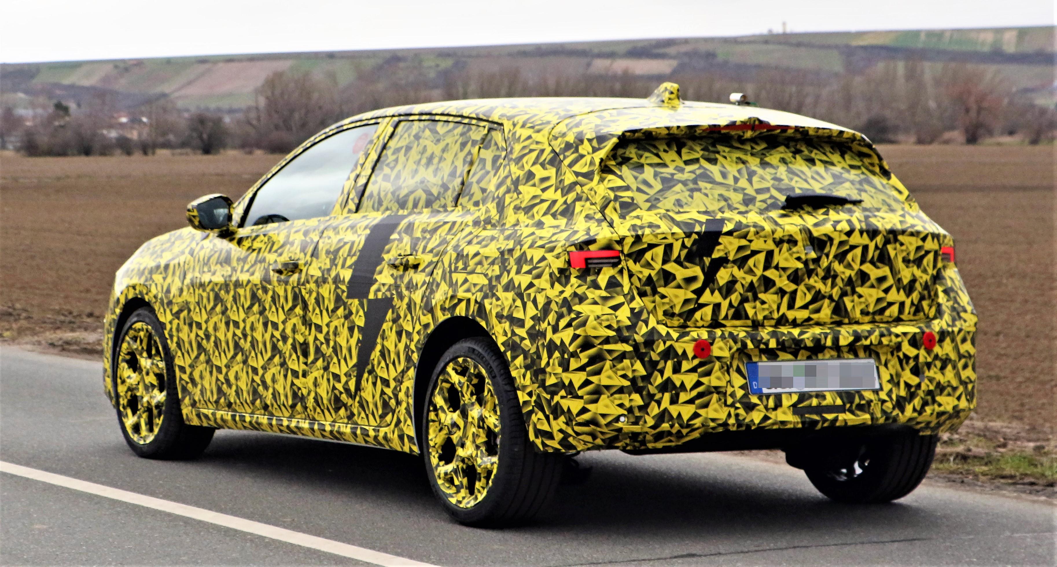 Opel Astra (26)
