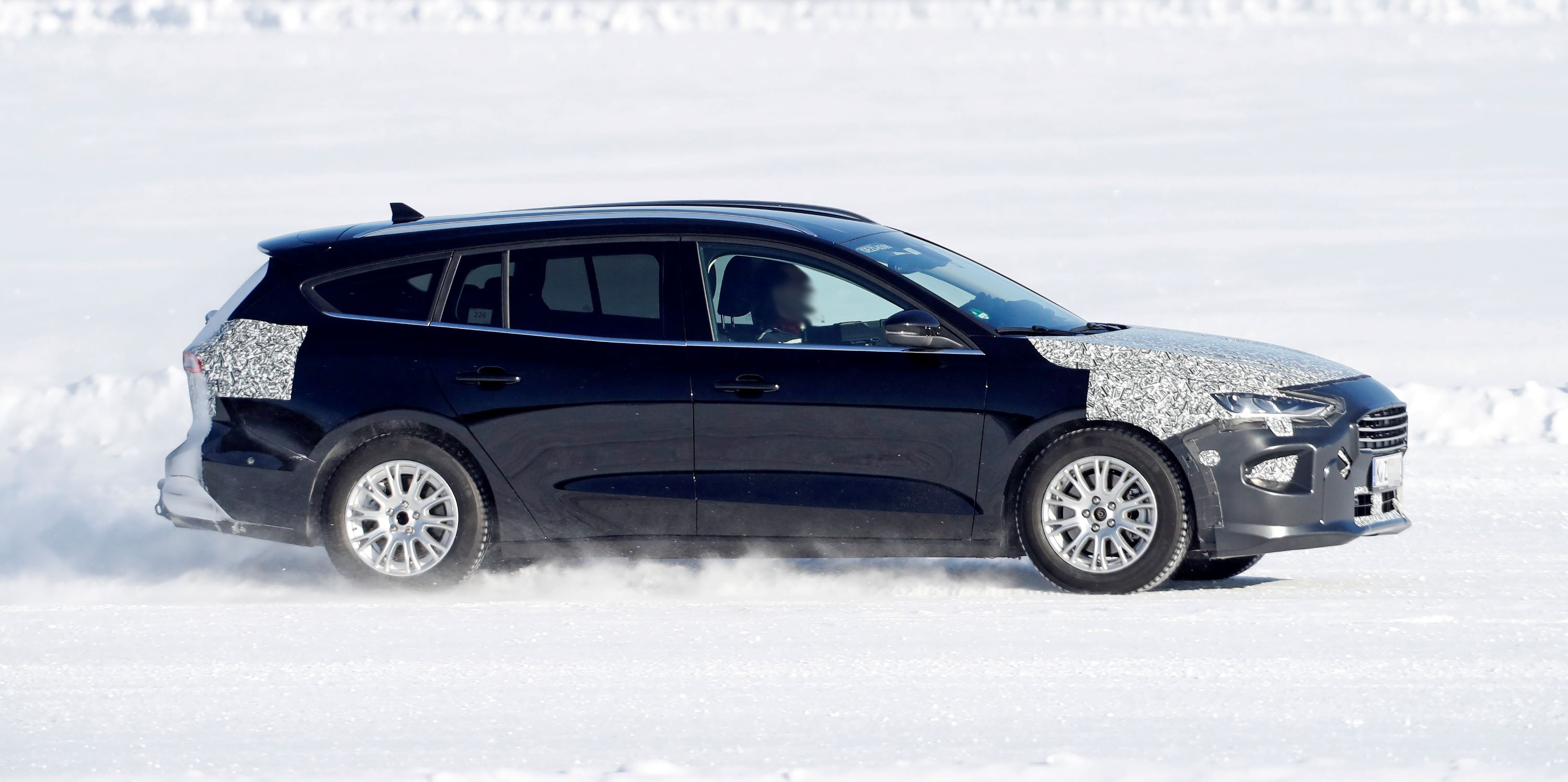Ford Focus Wagon facelift 6