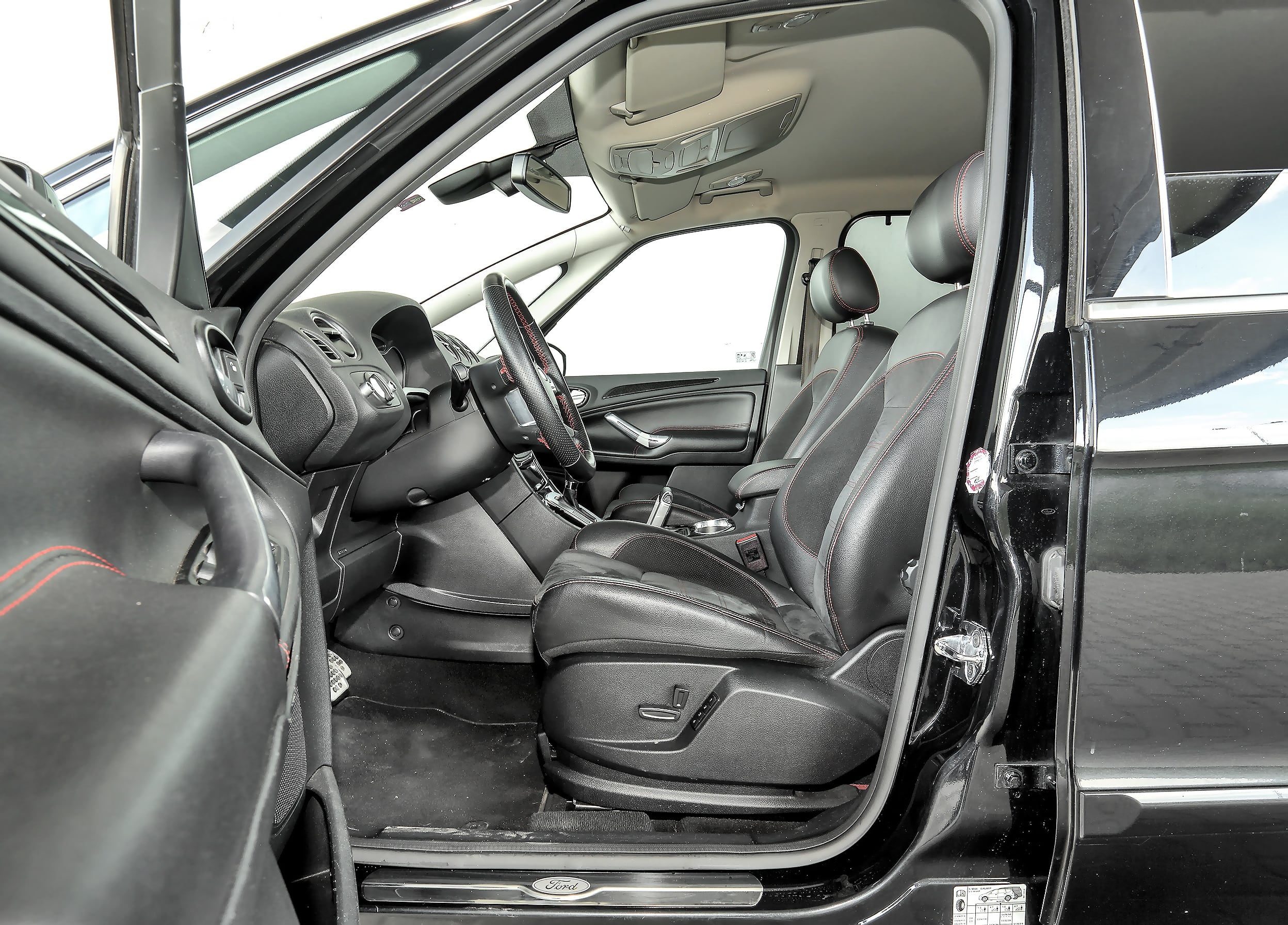 Ford_S-Max_10