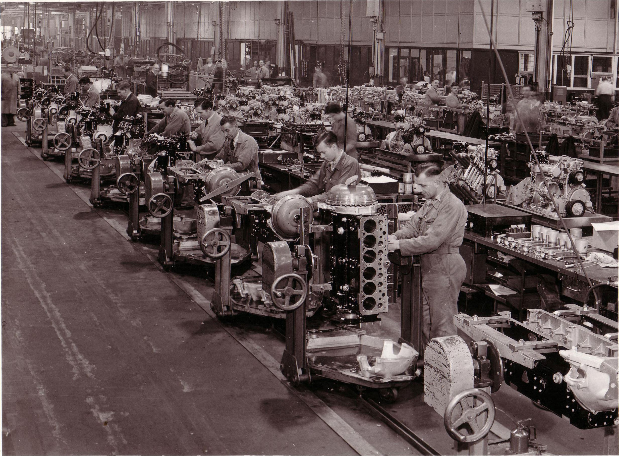 200k-12-1950sEngineproduction
