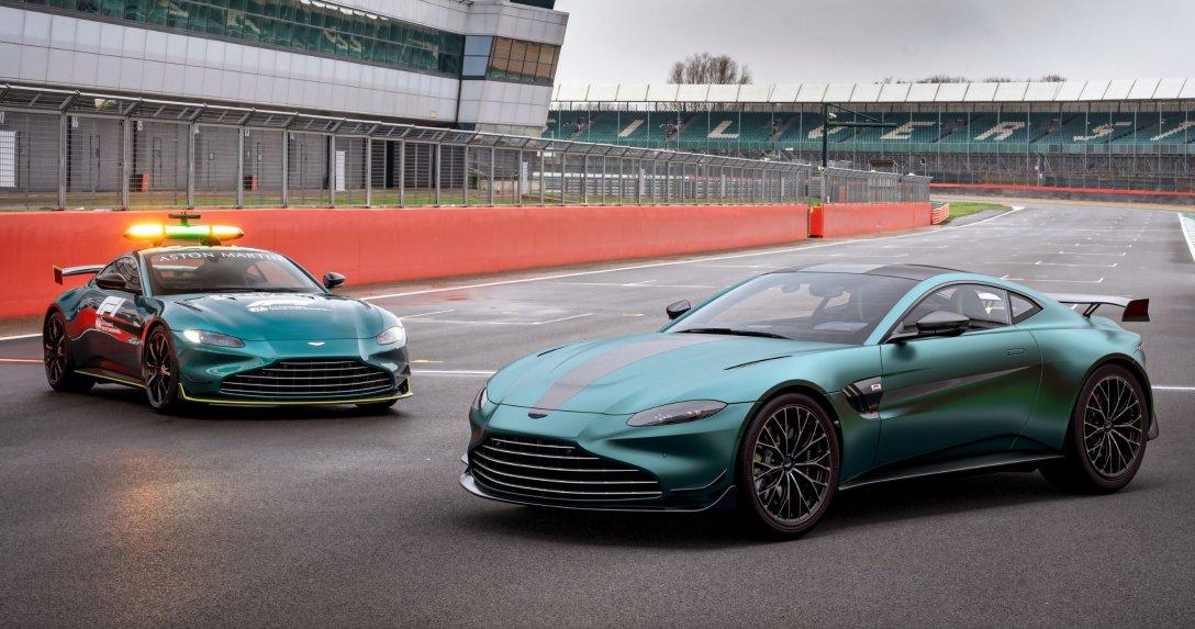Jak auto bezpieczeństwa F1 – Aston Martin Vantage F1 Edition