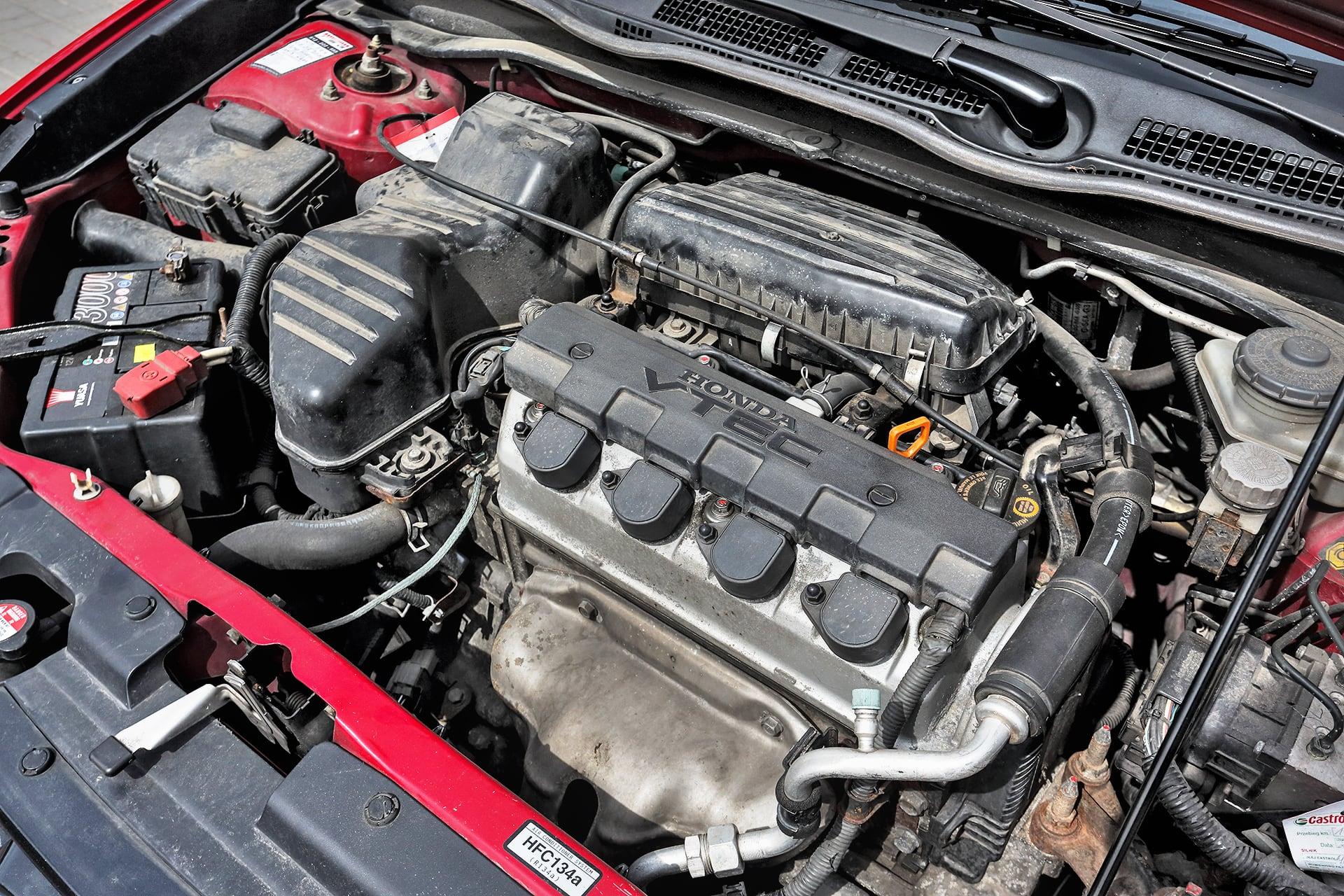 Honda_Civic_VII_1.6_Sport_1