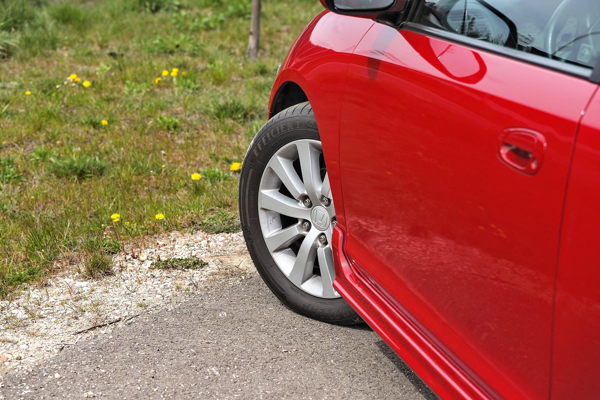 Honda_Civic_VII_1.6_Sport_4