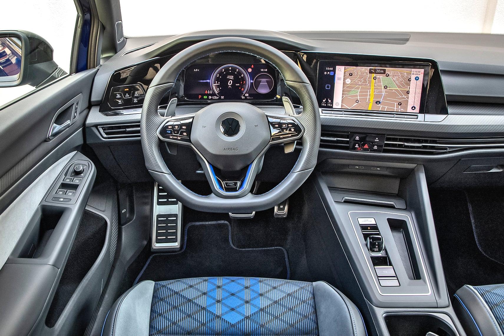 Volkswagen_Golf_R_5