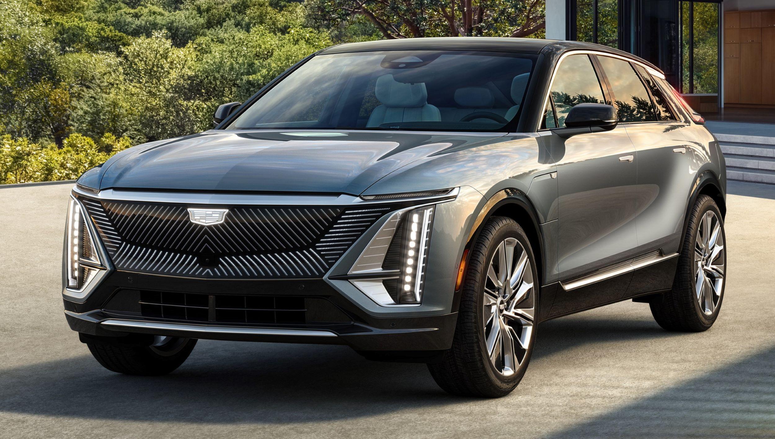 2023-Cadillac-LYRIQ-001(1)