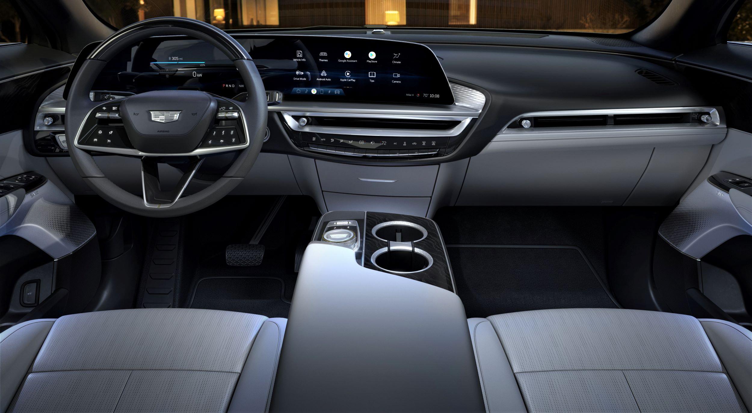 2023-Cadillac-LYRIQ-016