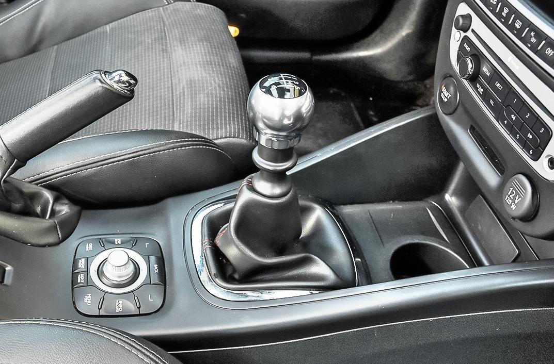 Renault-Megane-III-GT220_4