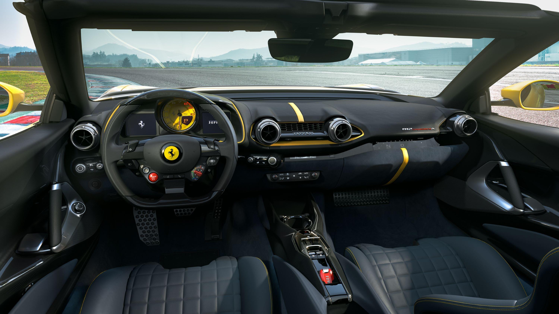 Ferrari_812_Competizione_A_5