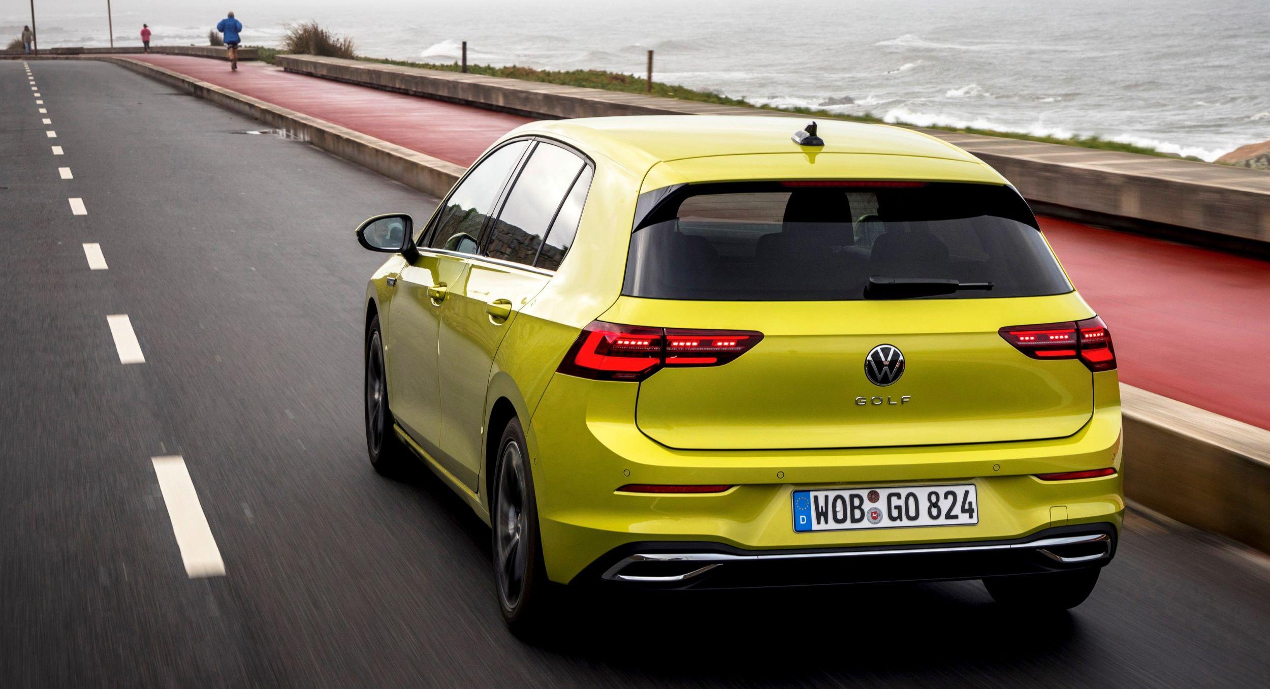 Volkswagen Golf tył jazda