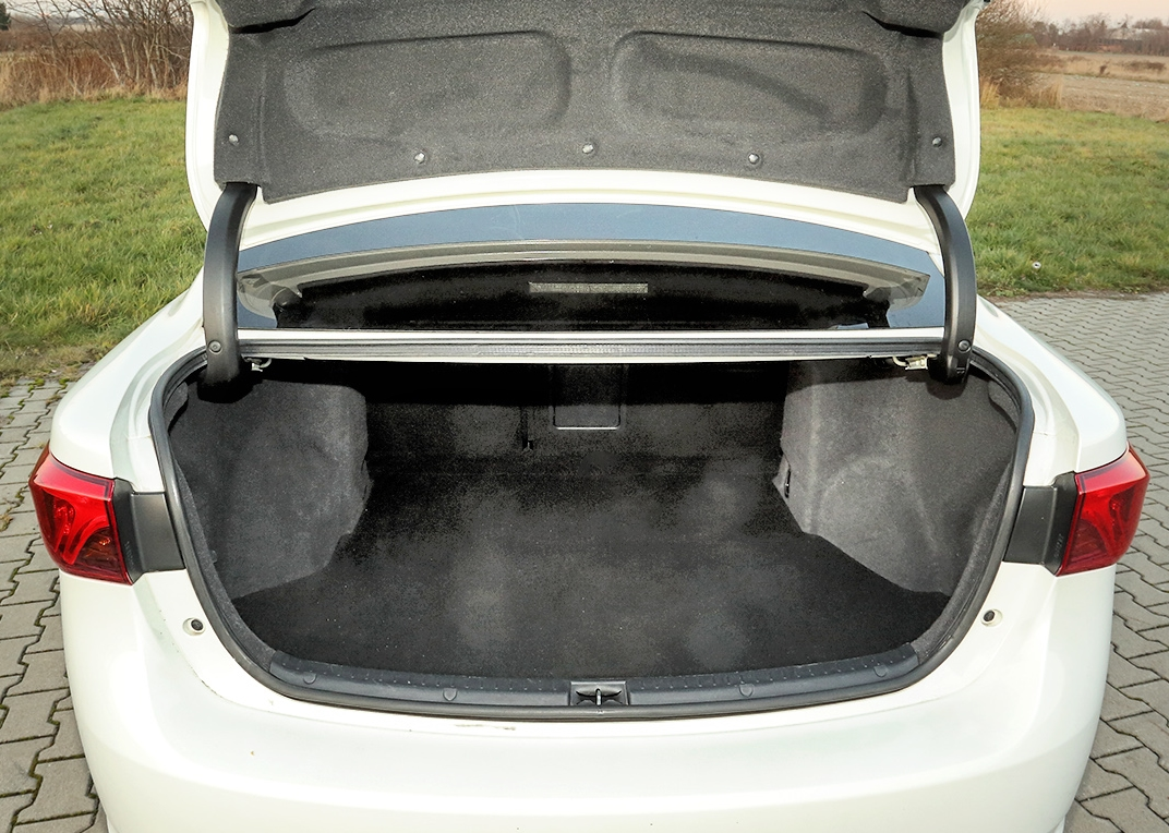 Toyota Avensis III bagaznik