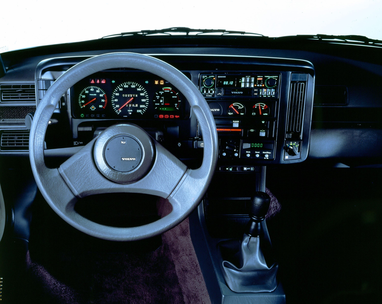 Volvo480_kokpit