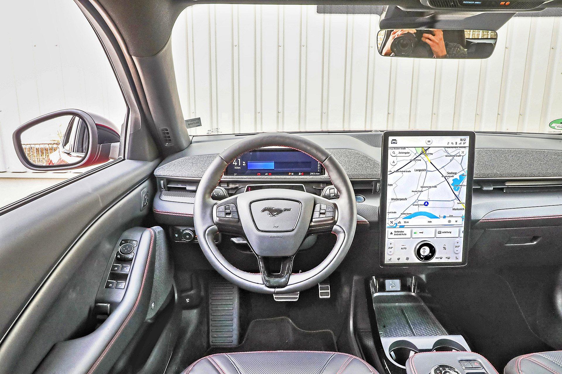 Ford_Mustang_Mach_E_AWD_0421_Gotta_96