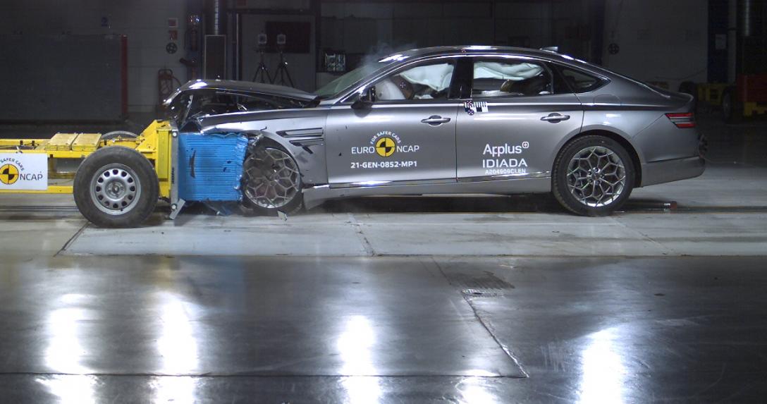 crash test Euro NCAP Genesis G80