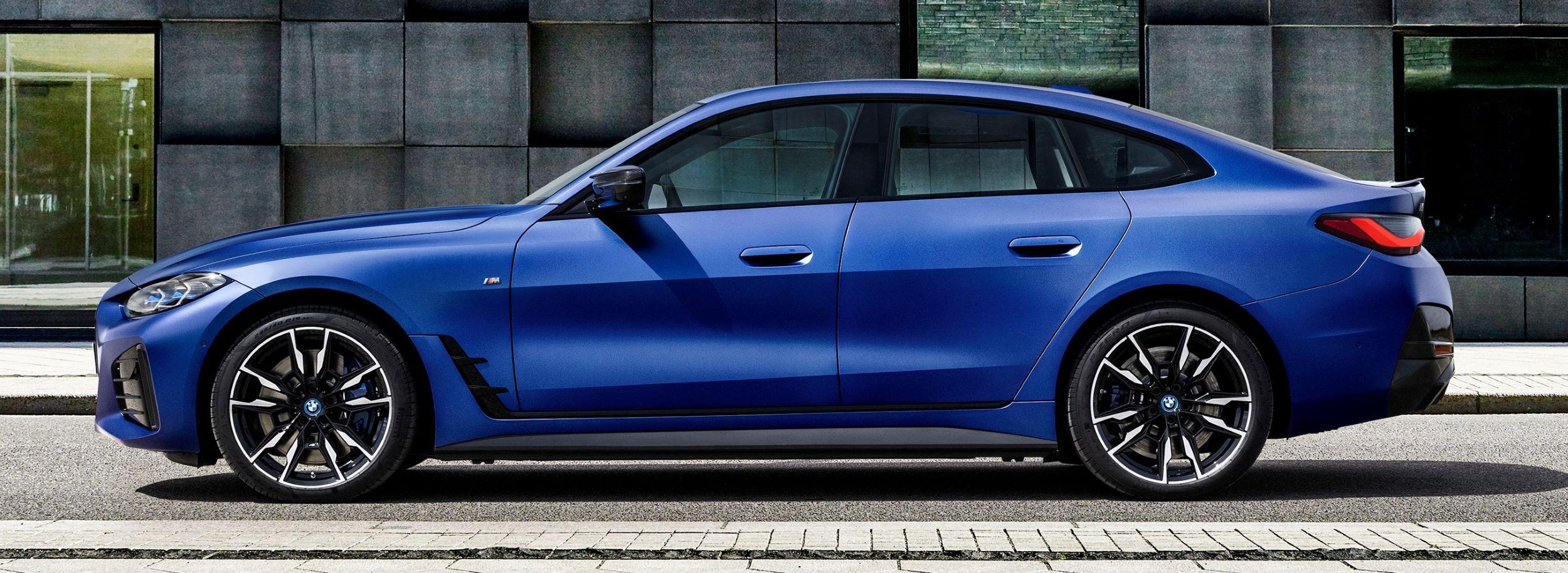 BMW i4 bok