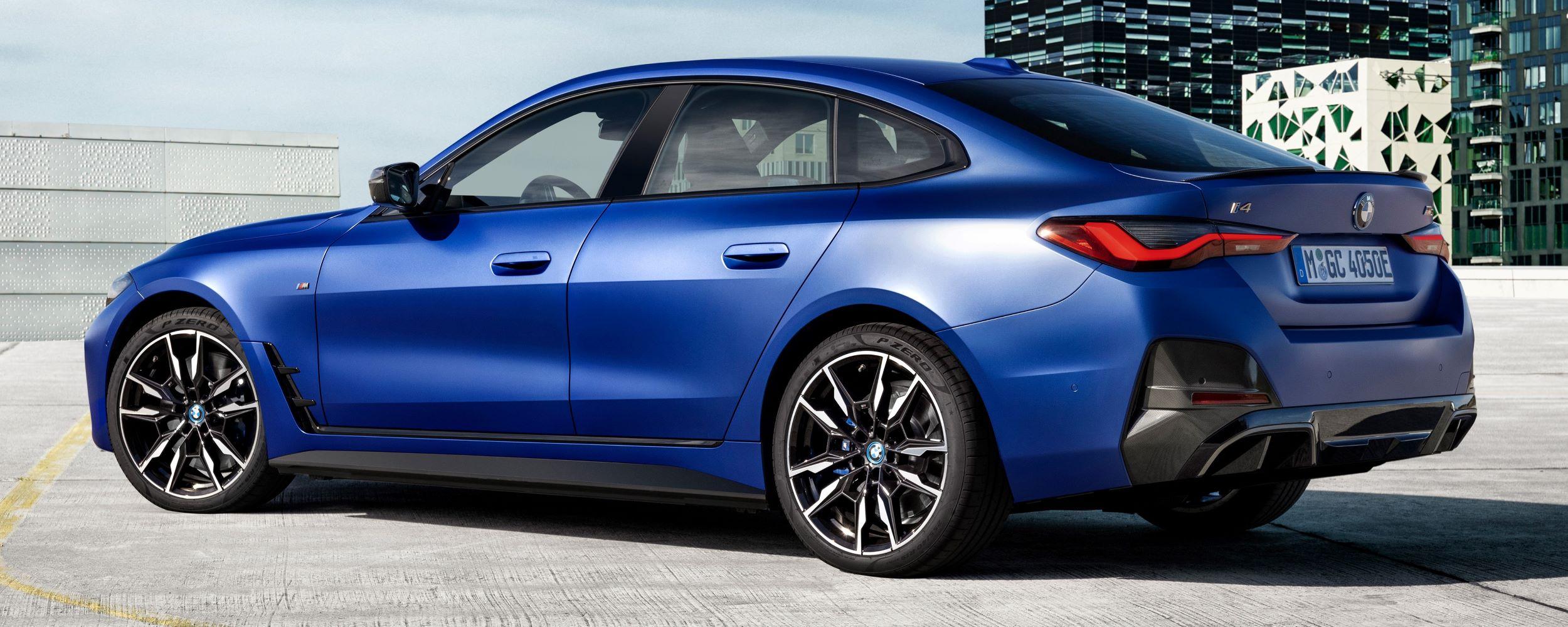 BMW i4 tył