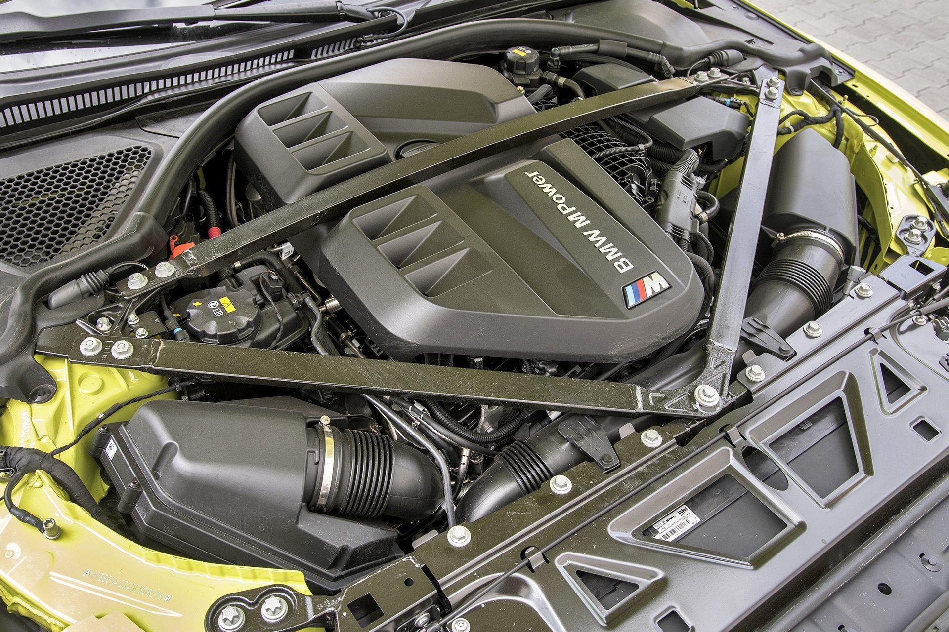 2021 BMW M4 Competition - silnik