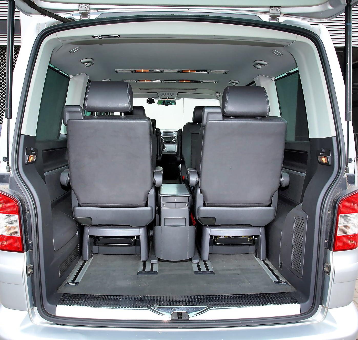 Volkswagen Multivan T5 bagażnik