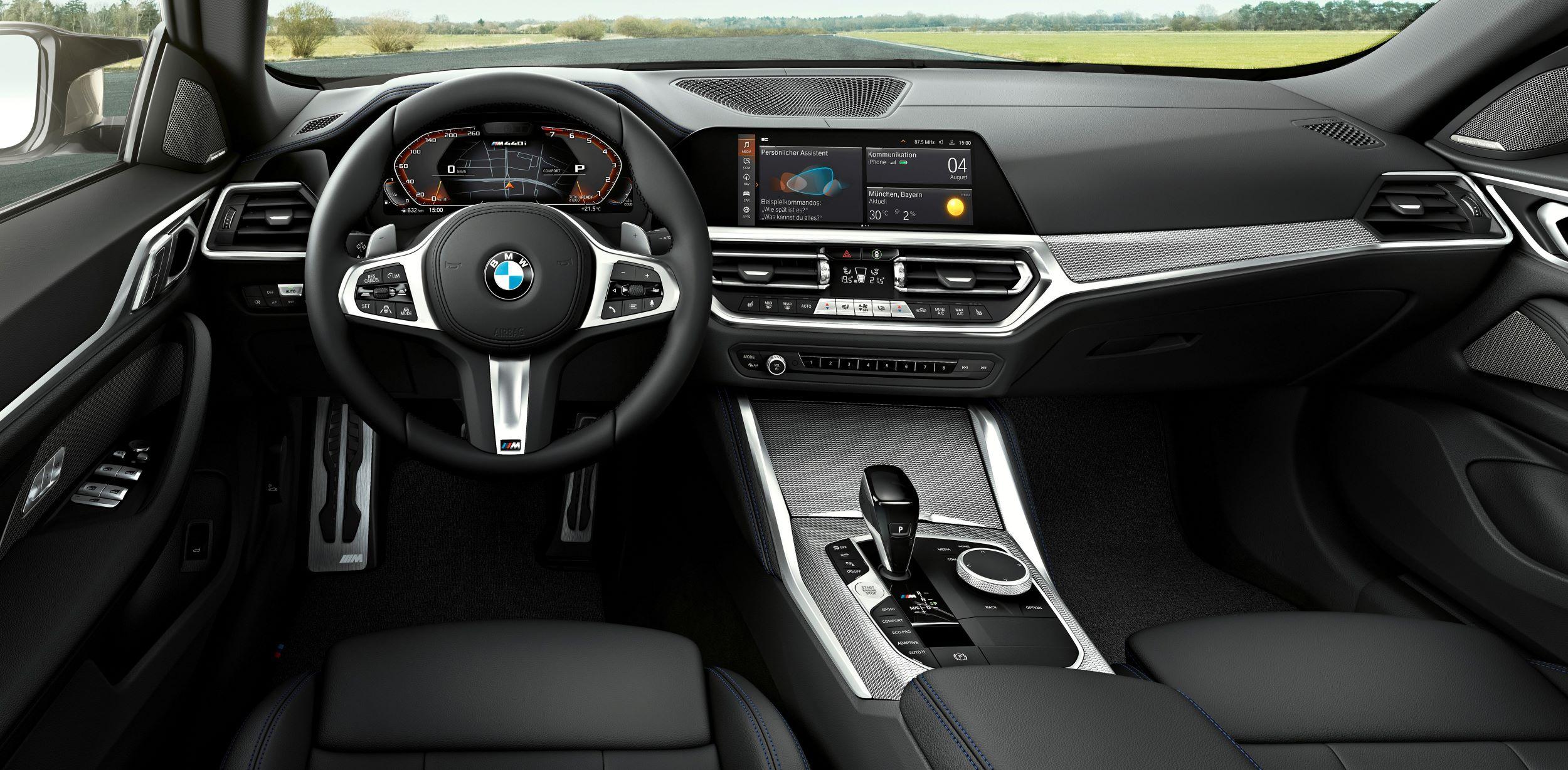 BMW 4 Gran Coupe deska
