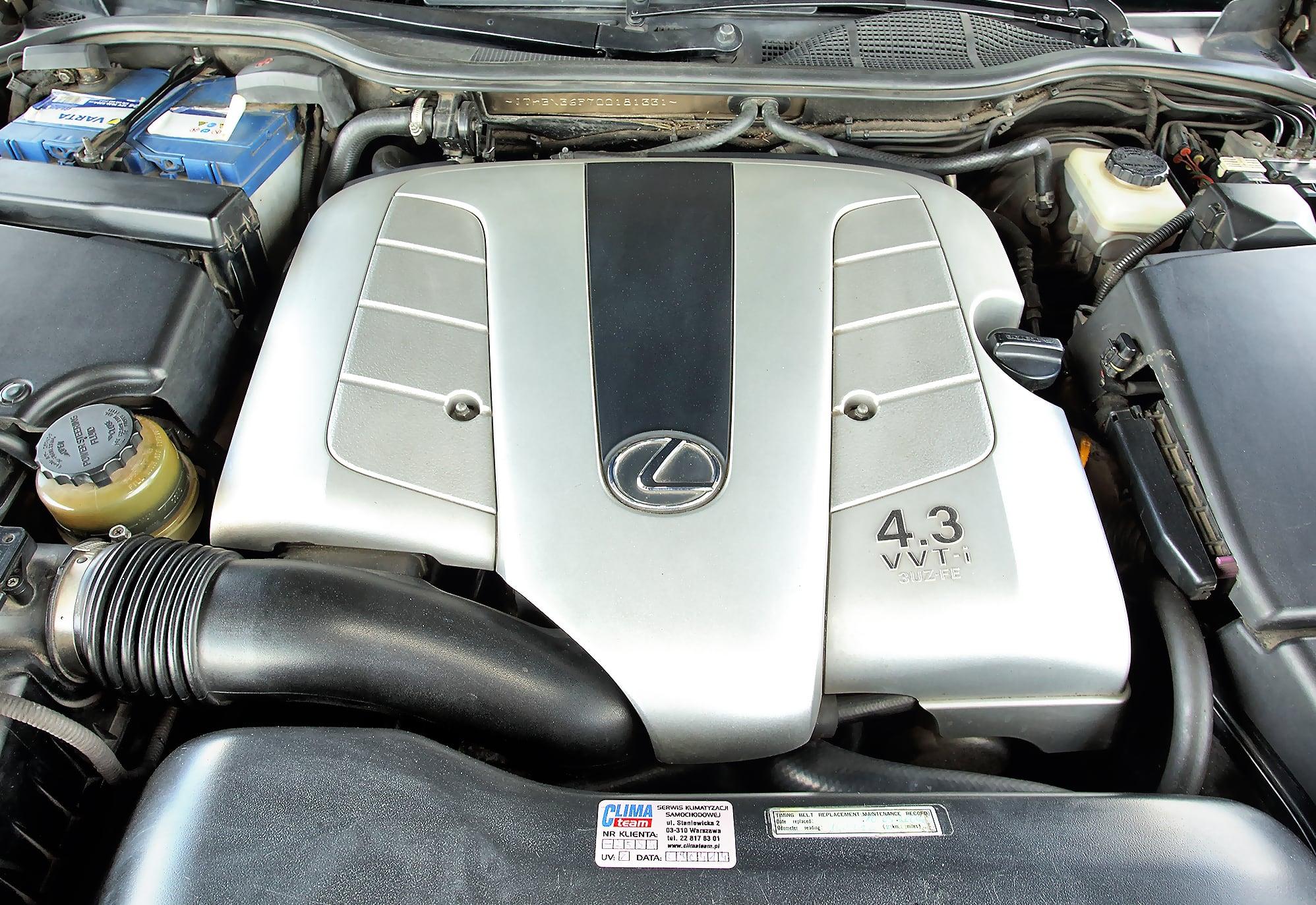 Lexus LS 430 silnik