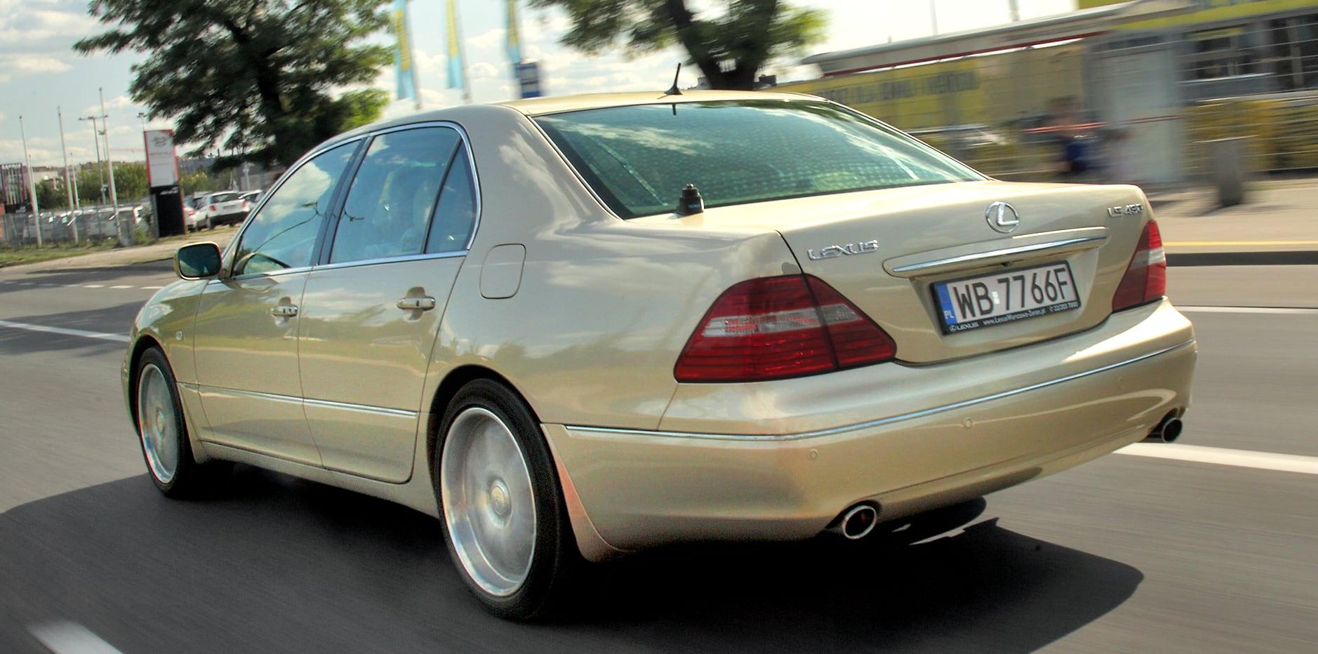 Lexus LS 430 tył