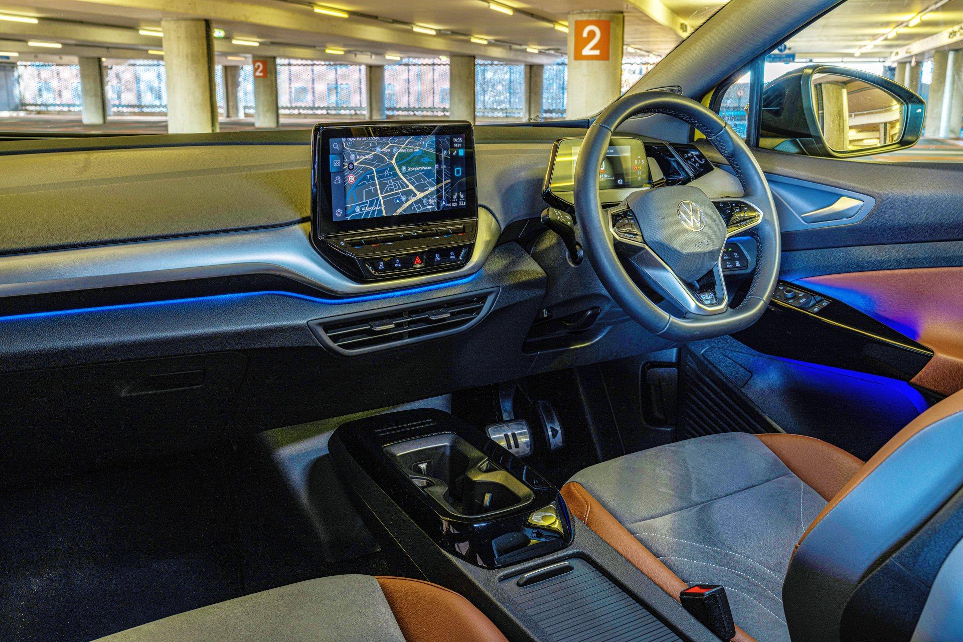 VW ID.4 - kokpit