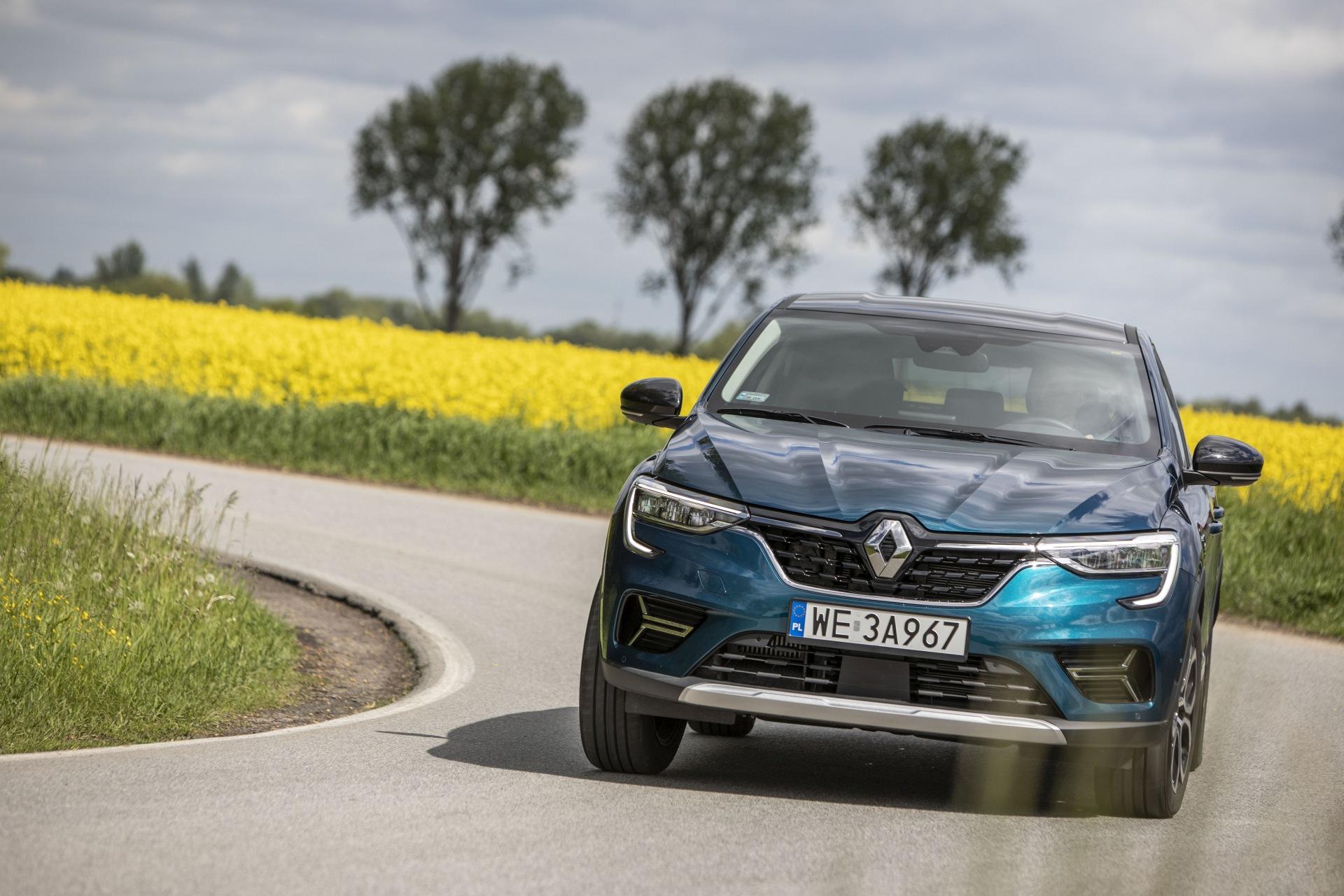 Renault Arkana TCe 140 EDC - przód