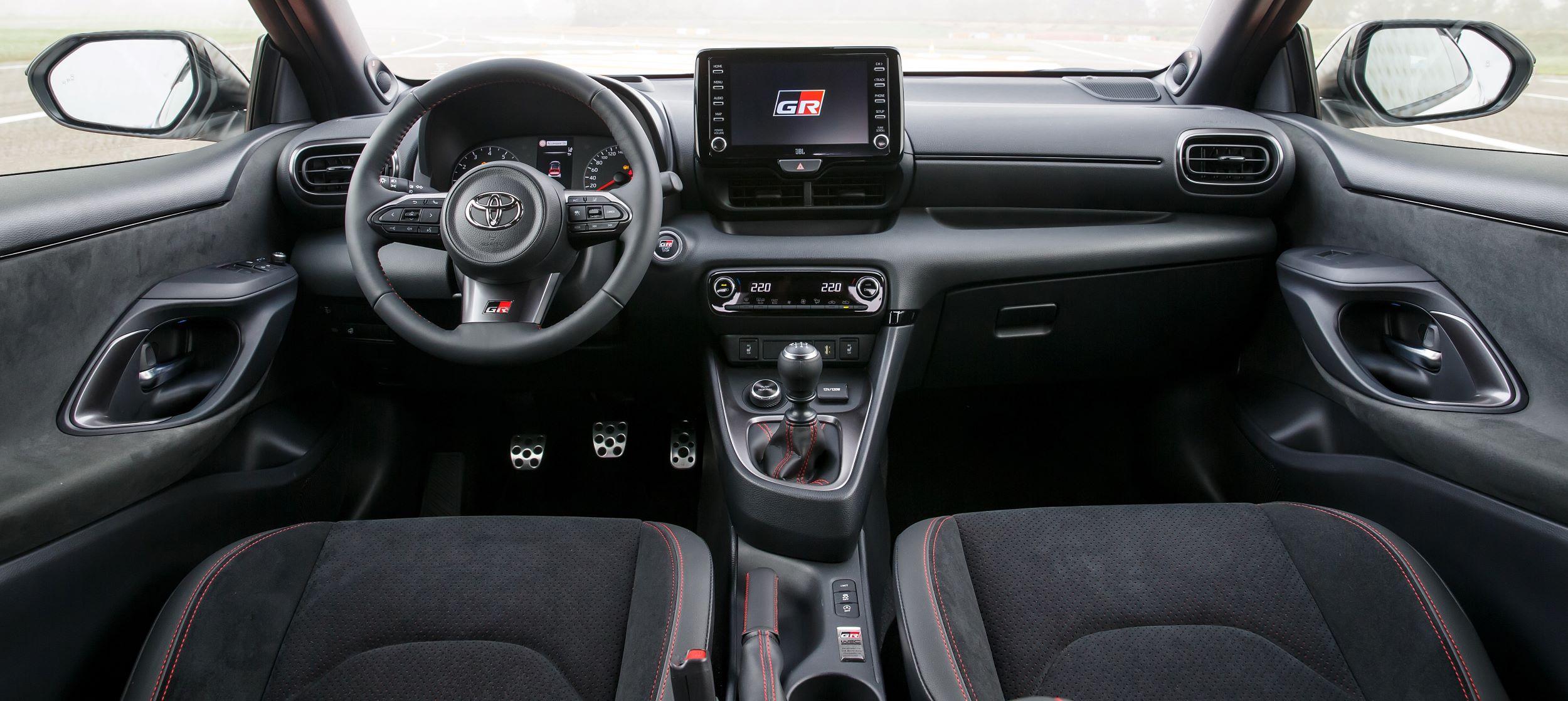 Toyota GR Yaris deska