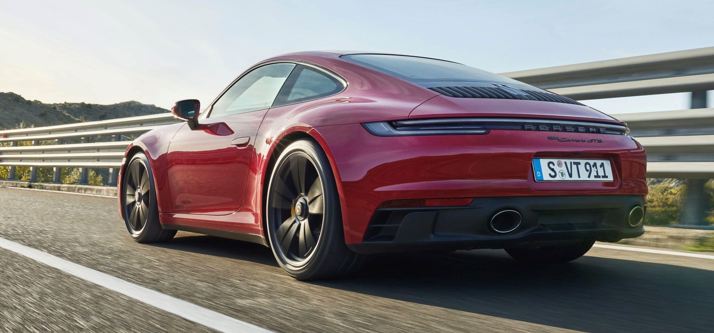 Porsche 911 GTS tył