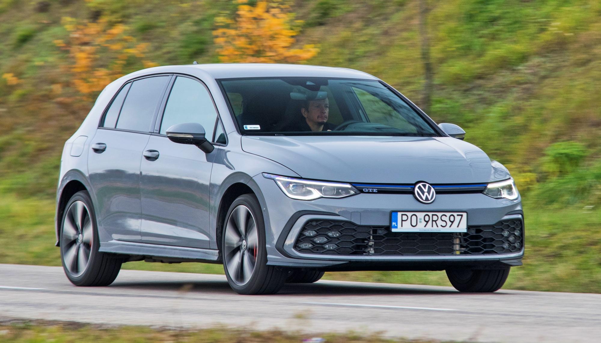 Volkswagen Golf ruch przodem