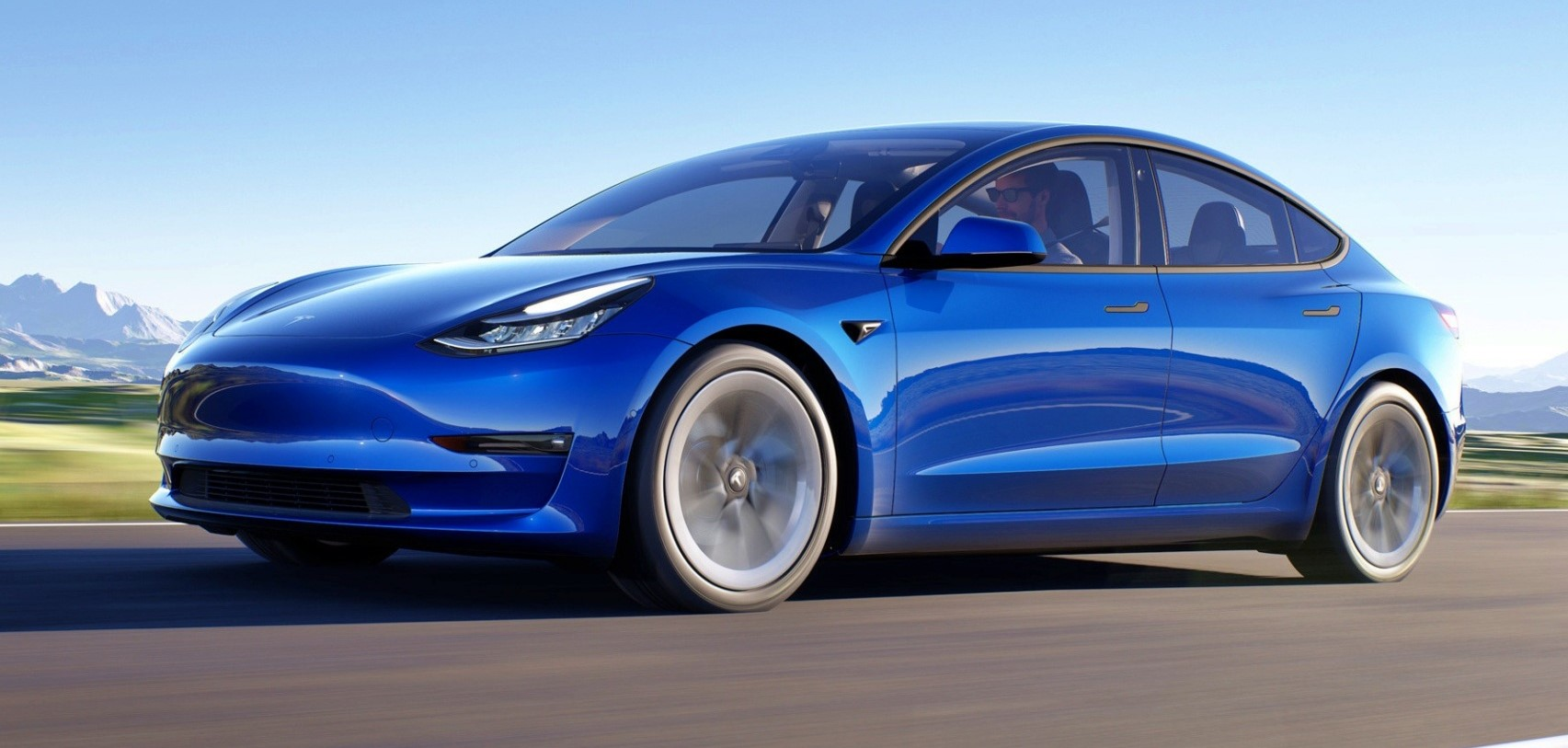 Tesla Model 3 ruch przodem