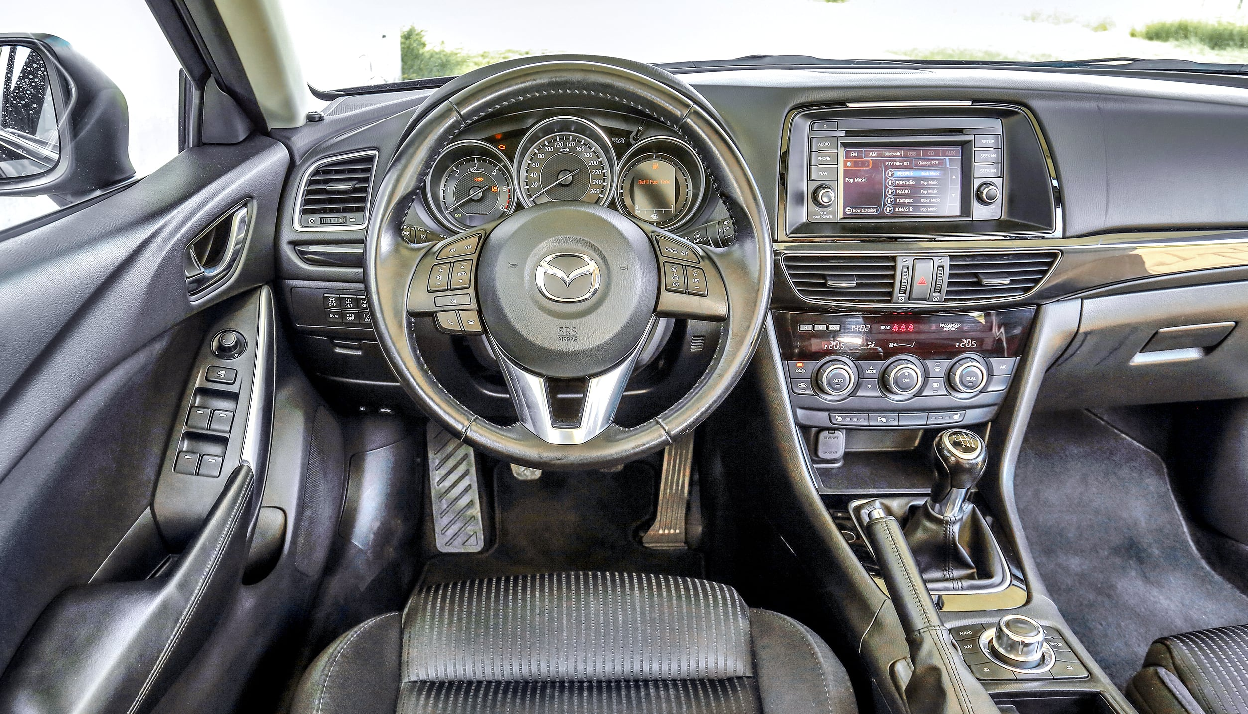 Mazda 6 III 2.2 SkyActiv-D – wnętrze